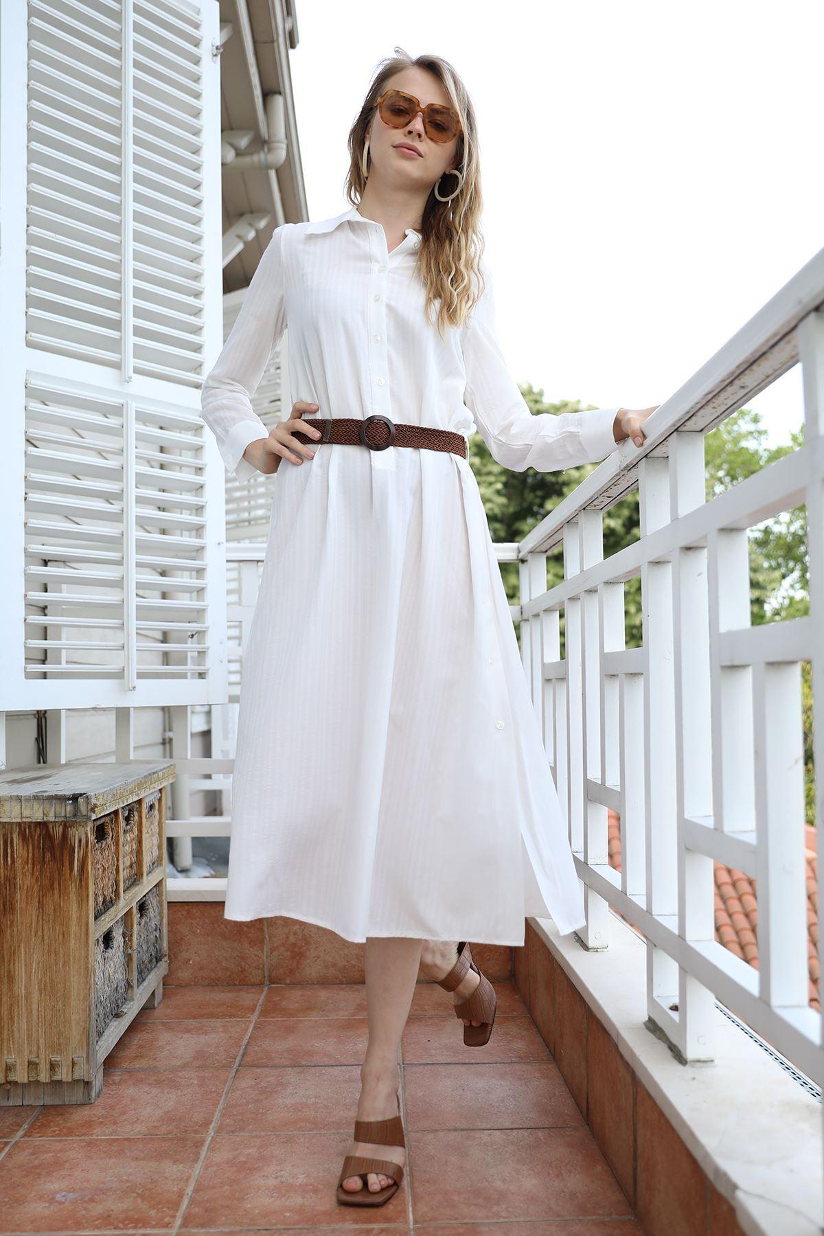 Kemerli Düğmeli Elbise-Ekru