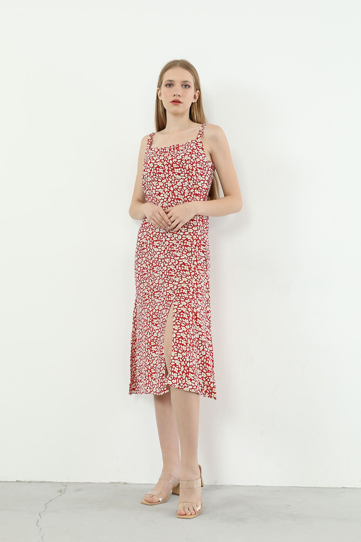Çiçek Desen Askılı Elbise-Kırmızı