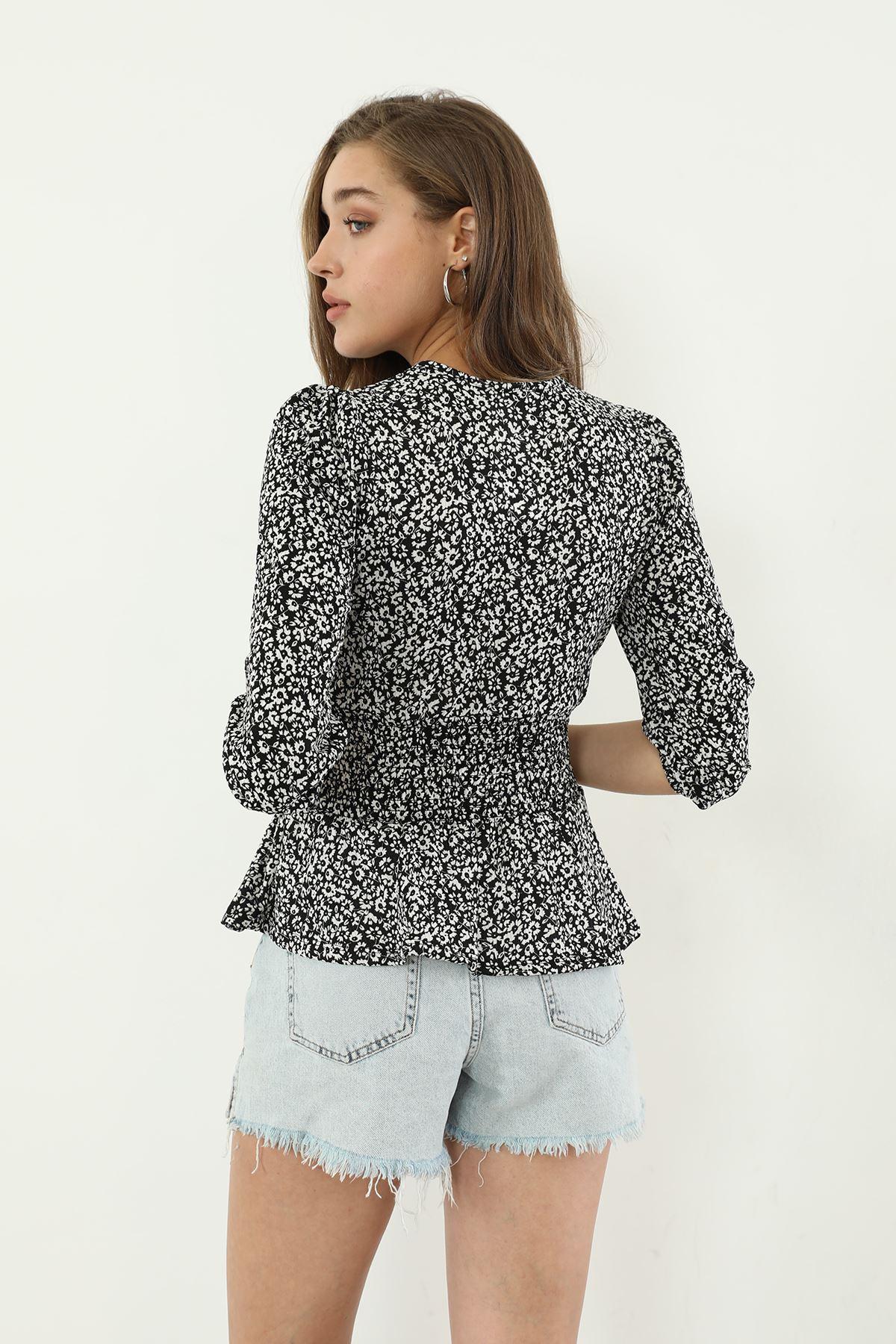 Çiçek Desen Gipeli Bluz-Siyah