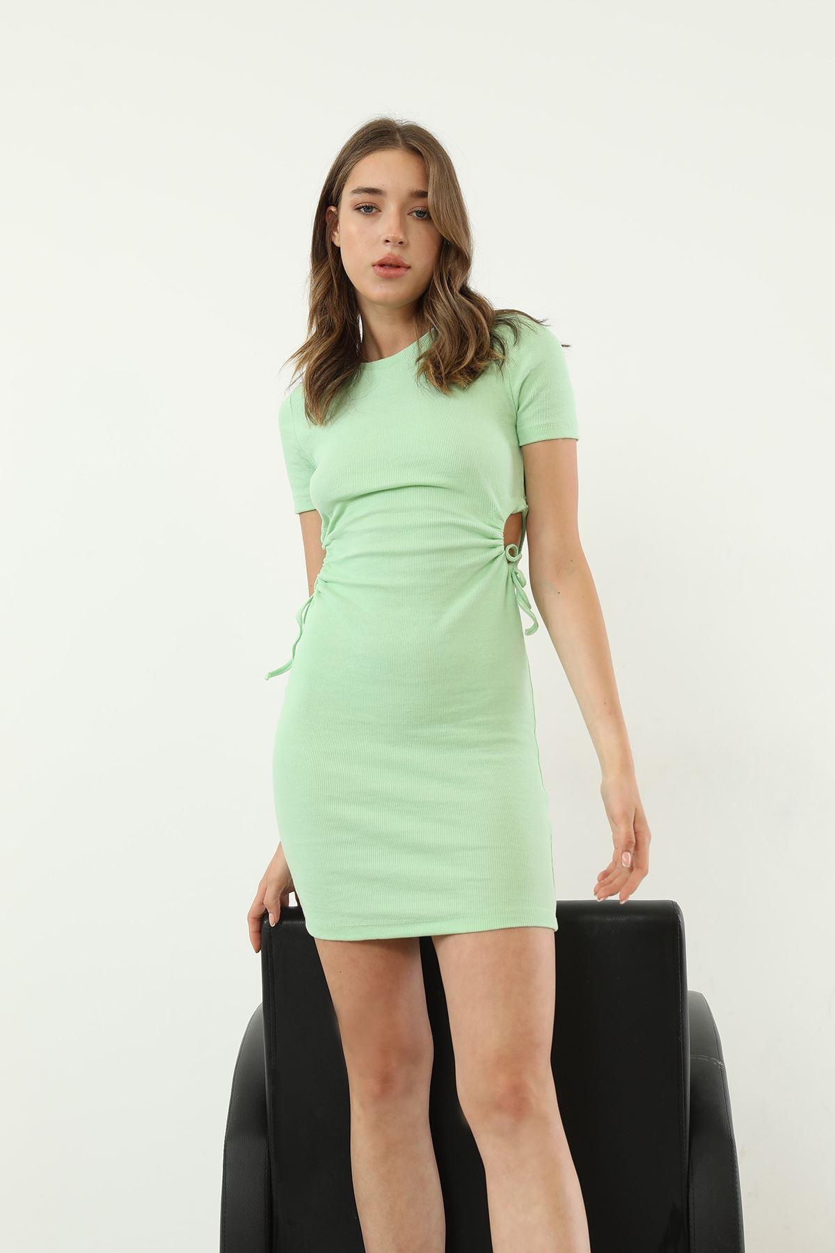 Büzgü Detay Elbise-Yeşil