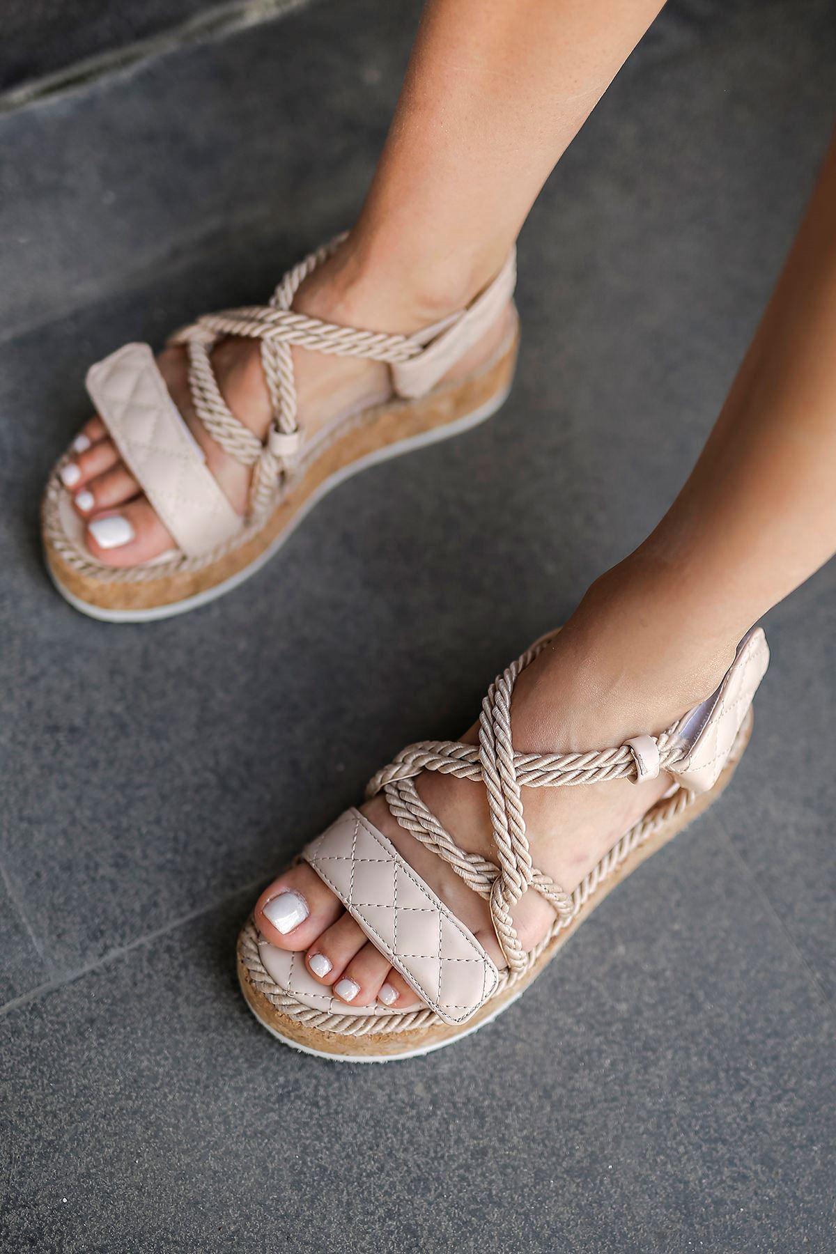Bağlamalı Sandalet-Bej