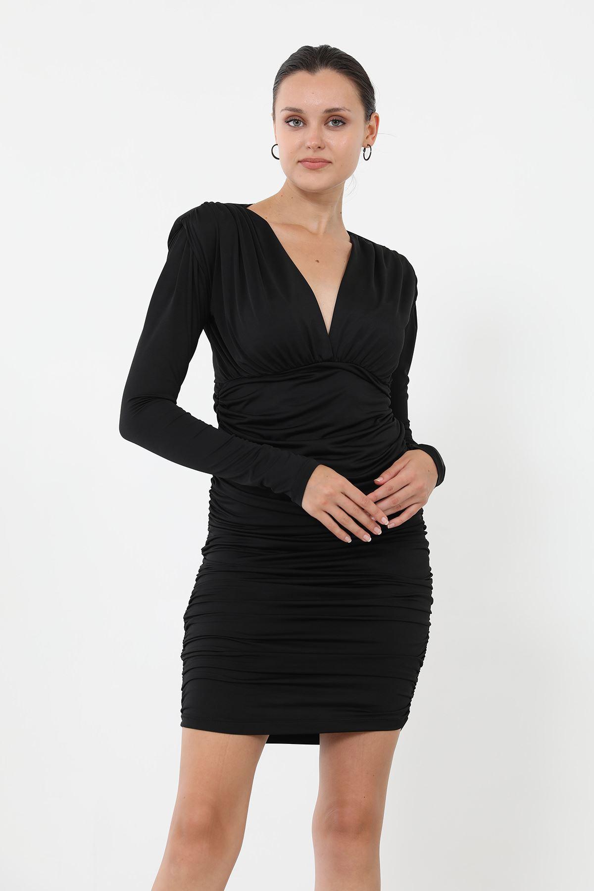Vatkalı Büzgülü Elbise-Siyah