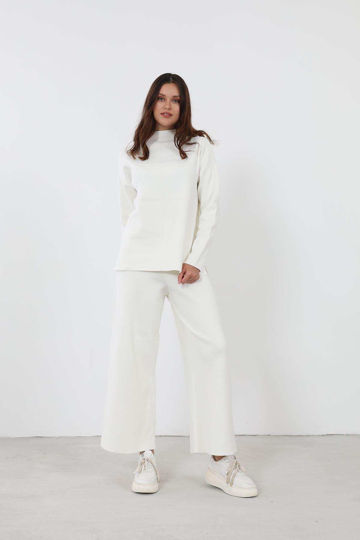 Triko Takım-Beyaz