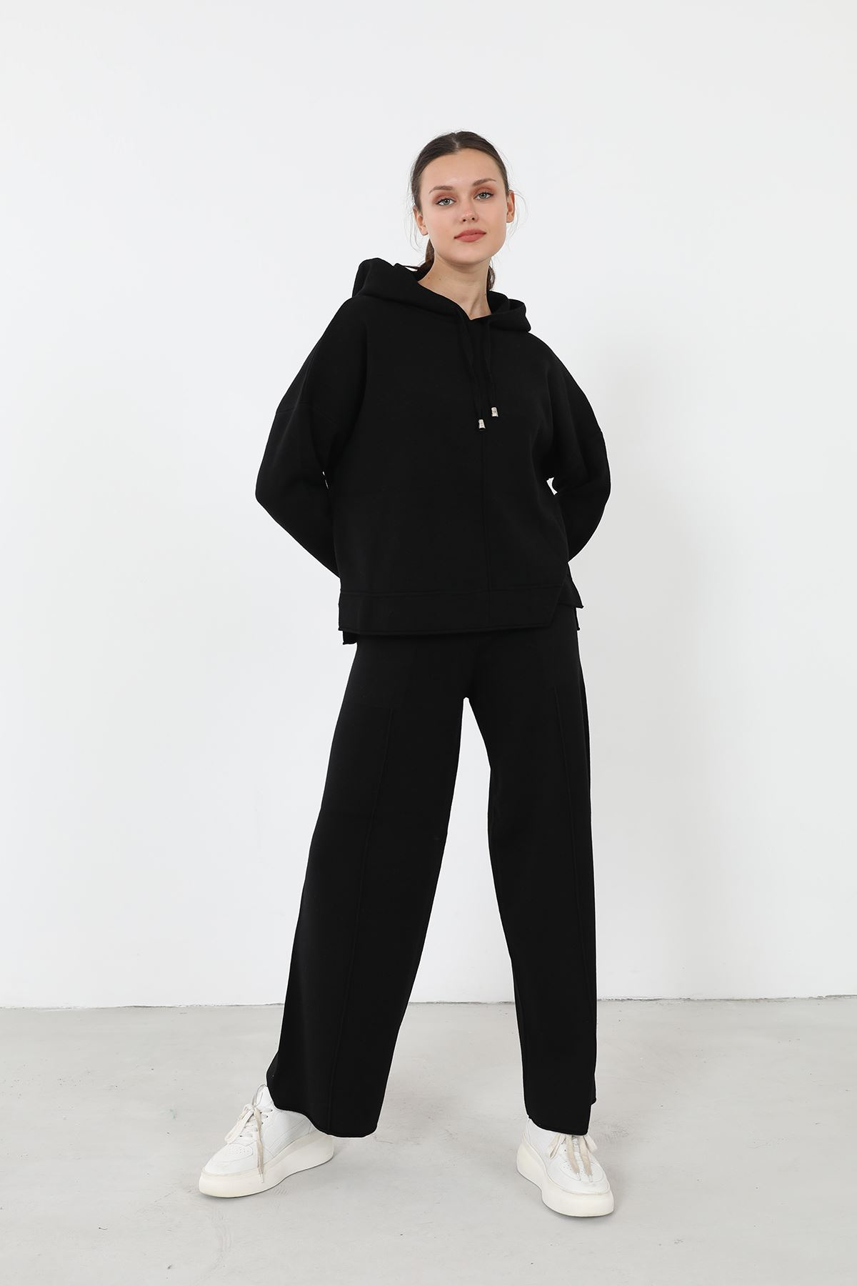 Kapşonlu Triko Takım-Siyah