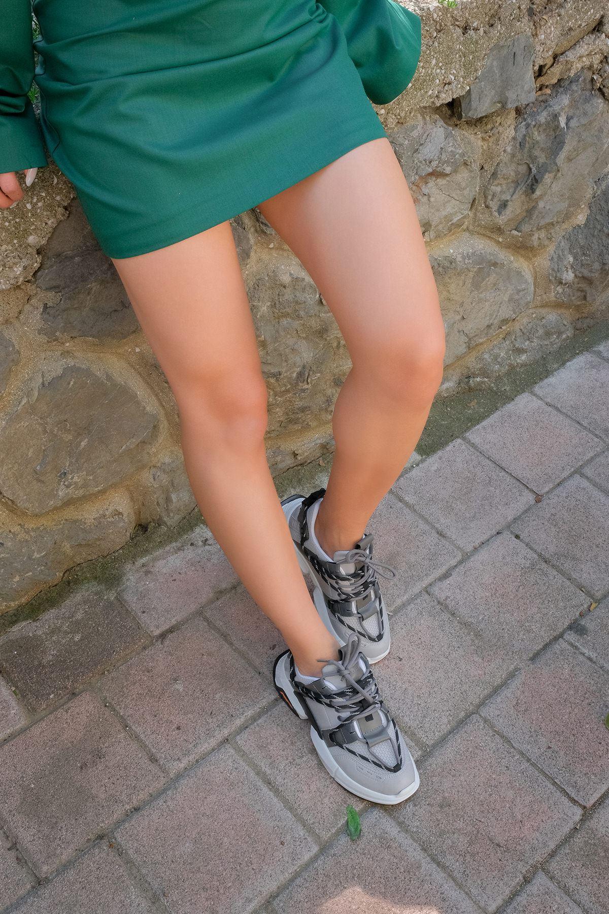 Tabanlı Spor Ayakkabı-Gri