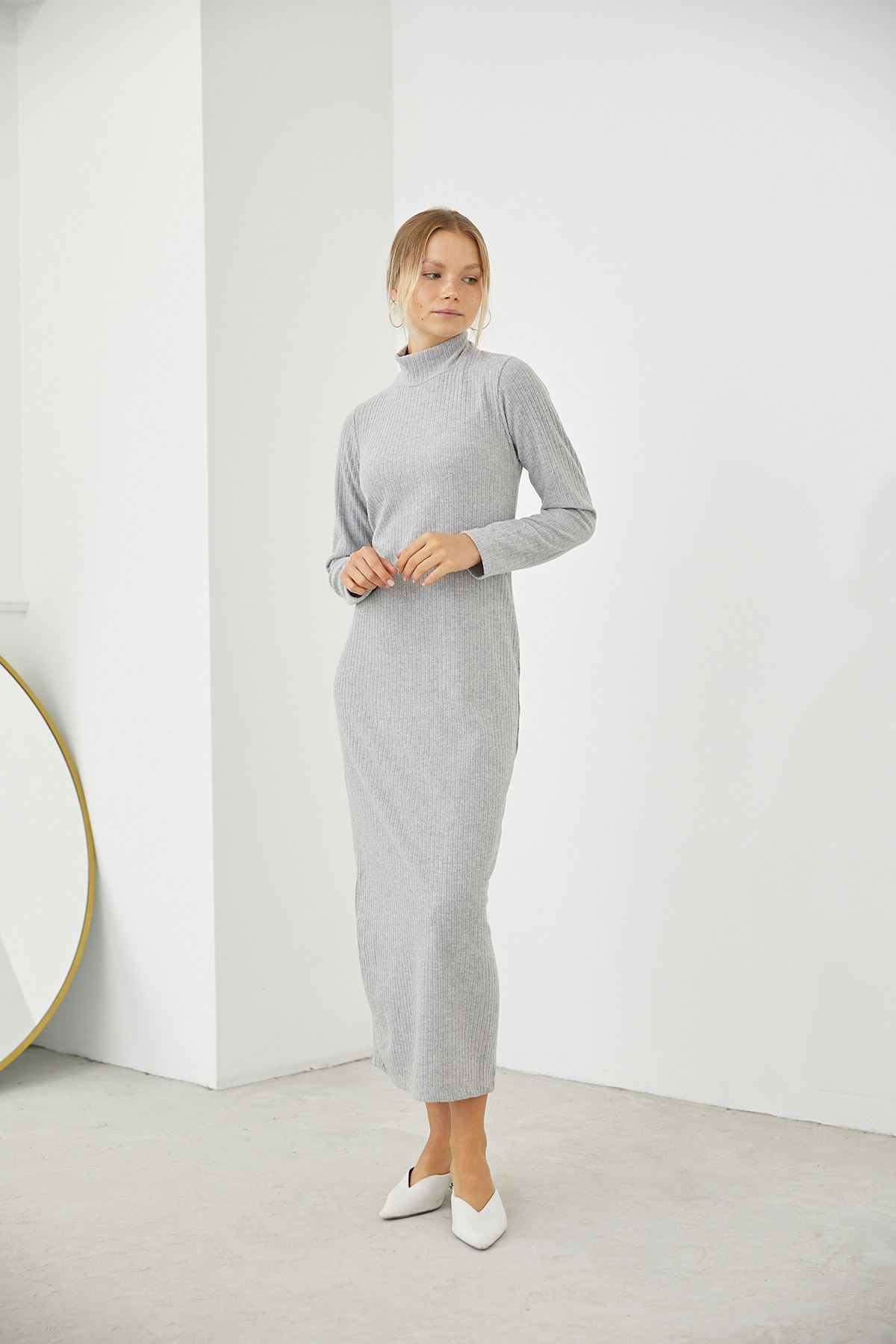 Dik Yaka Triko Elbise-Gri