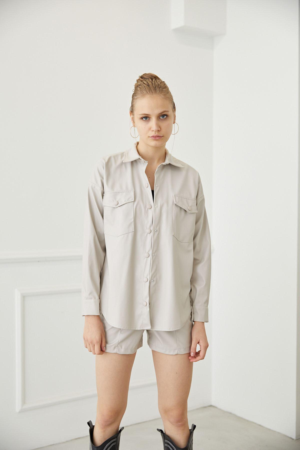 Deri Gömlek-Taş