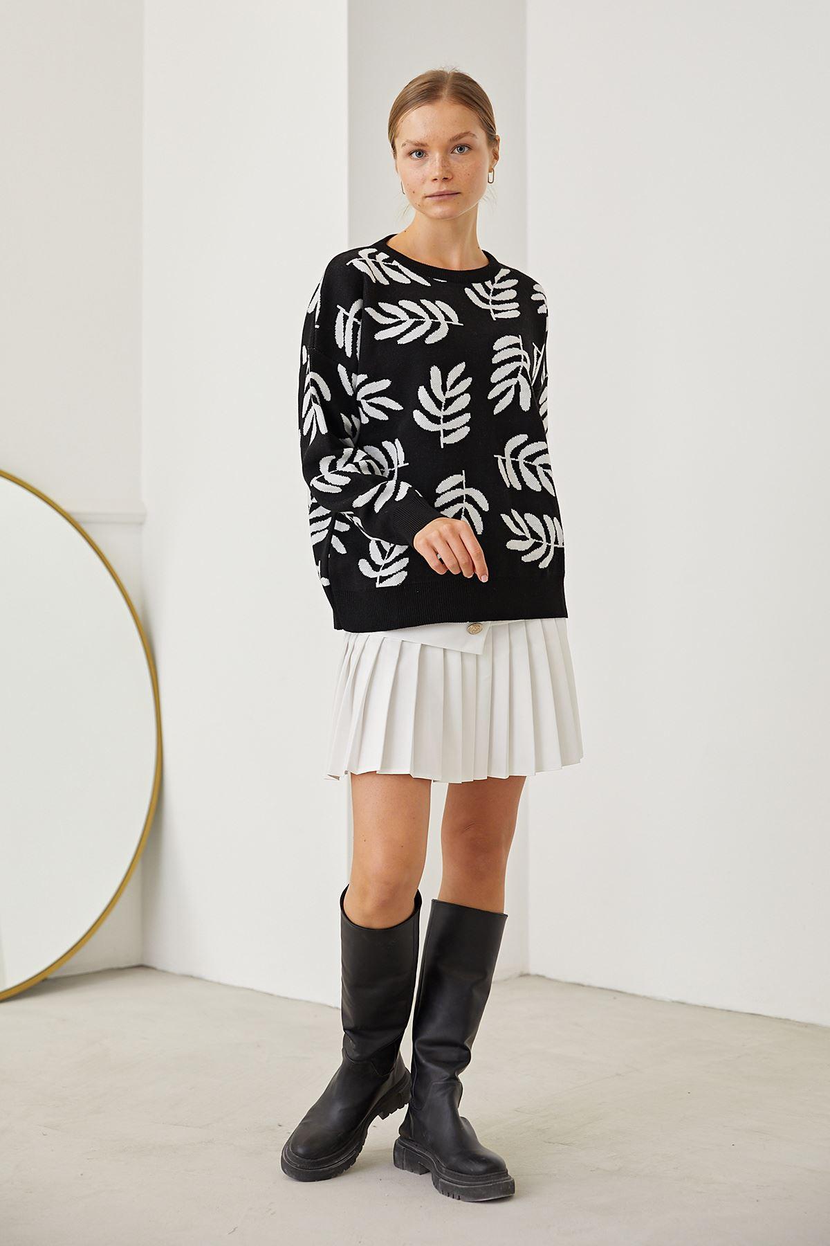 Yaprak Desen Triko Bluz-Siyah