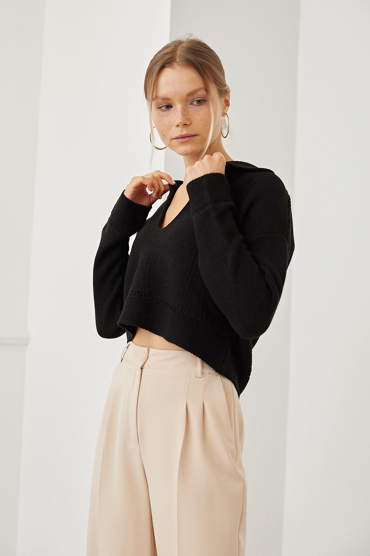 Gömlek Yaka Kazak-Siyah