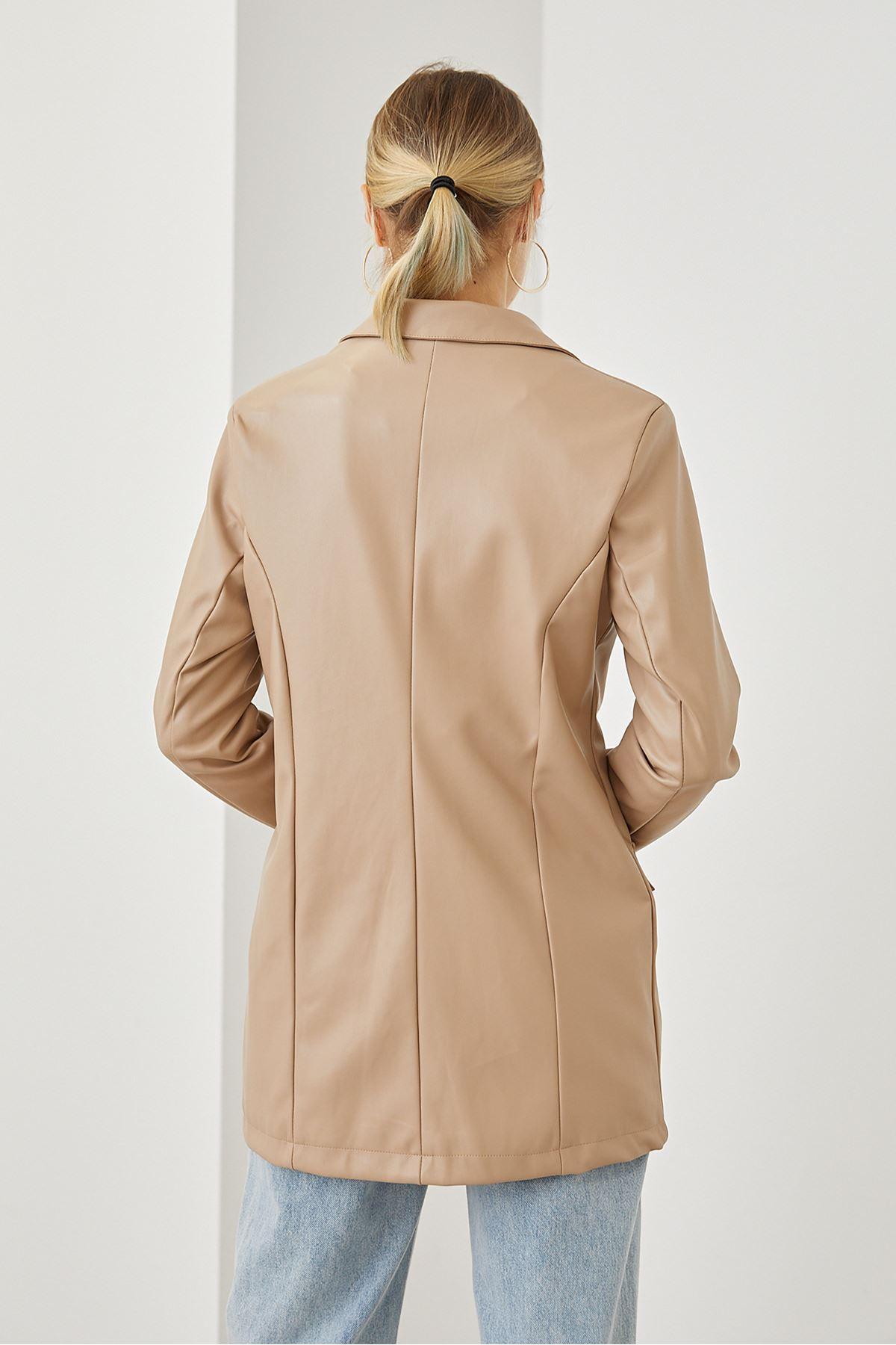 Düğmeli Deri Ceket-Bej